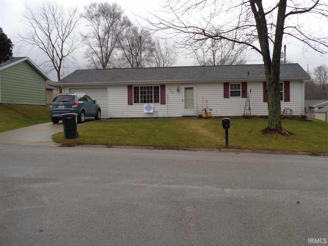 802 Pleasant Lane, Lagrange, IN 46761