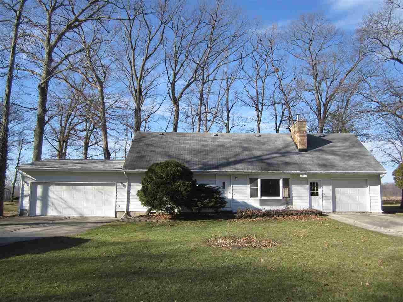 18111 Faylor Dr., Huntertown, IN 46748