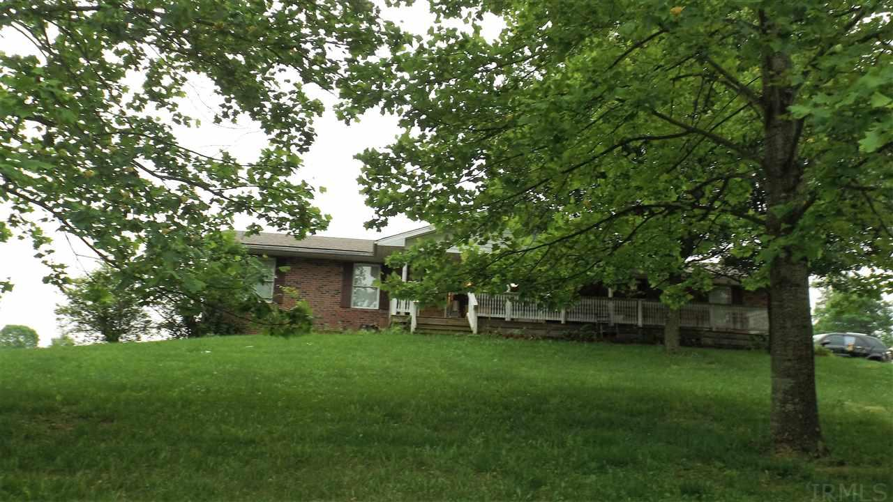 4220 SMITH, Bedford, IN 47421