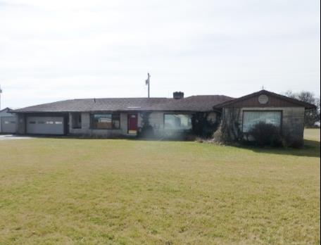 302 E South St, Boswell, IN 47921