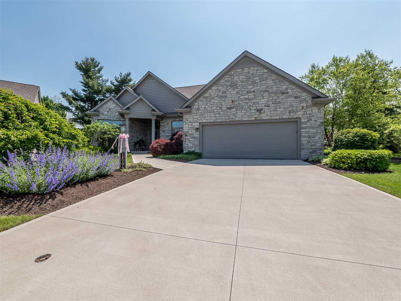 12006 Sycamore Lakes Court, Fort Wayne, IN 46814