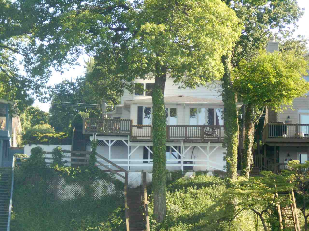16510 Pretty Lake Road, Plymouth, IN 46563