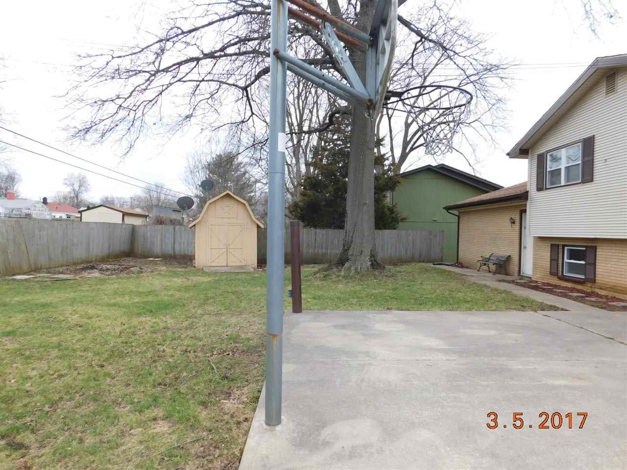 1246  Echo South Bend, IN 46614