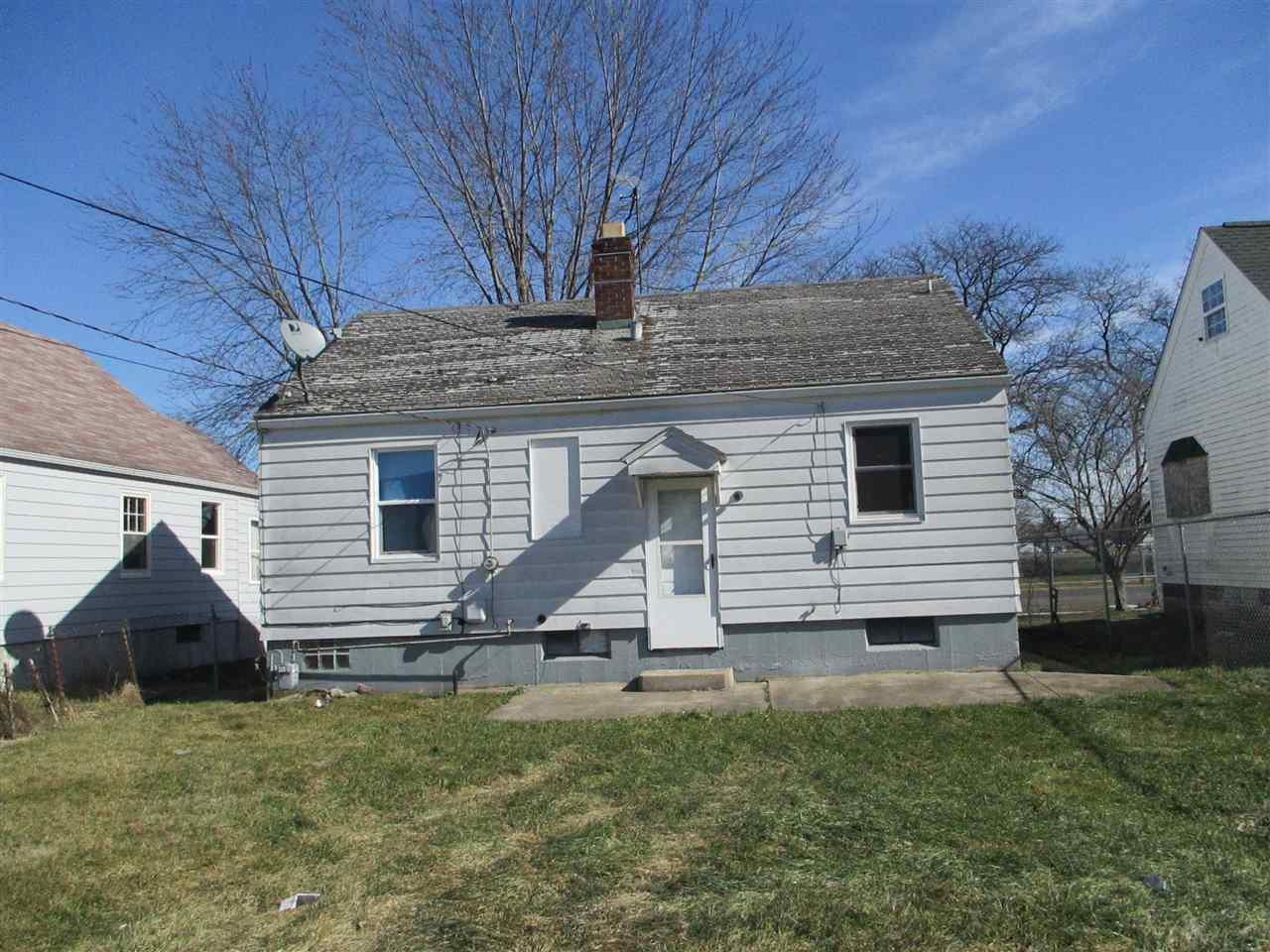 417  Lake South Bend, IN 46619