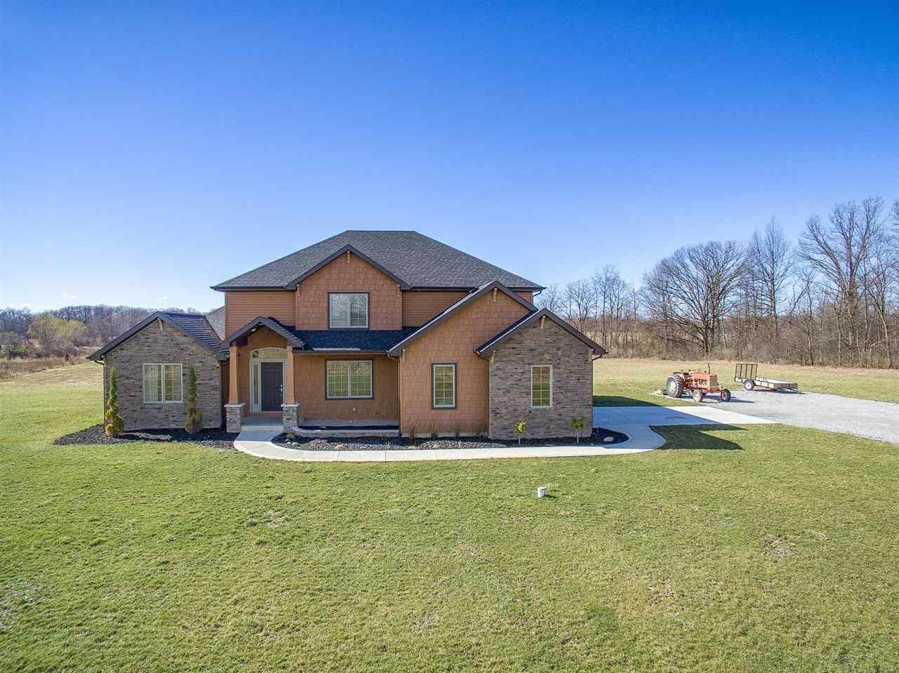 2217 Kroemer Road, Fort Wayne, IN 46808