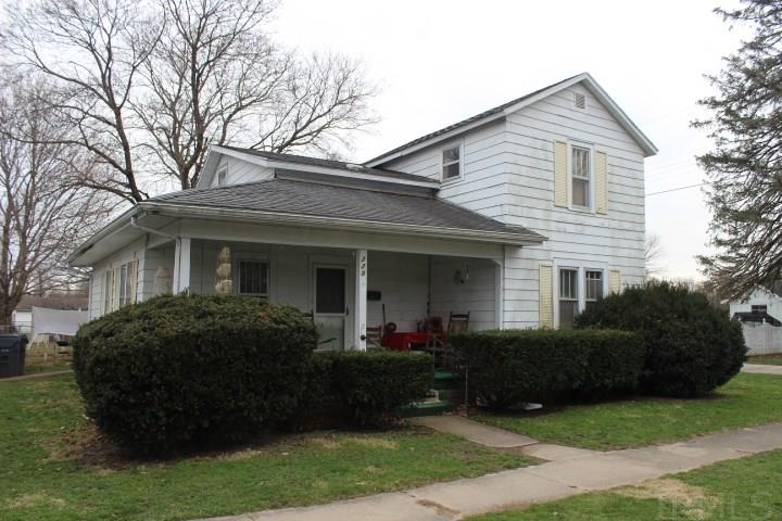 225 W 1st, Albany, IN 47320