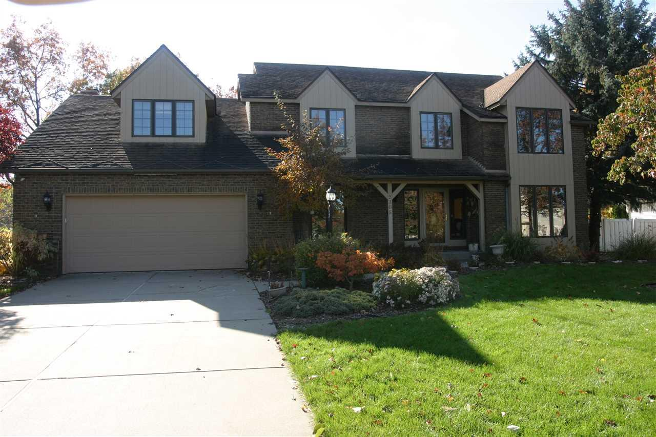 2305 Waterbend Drive, Elkhart, IN 46514