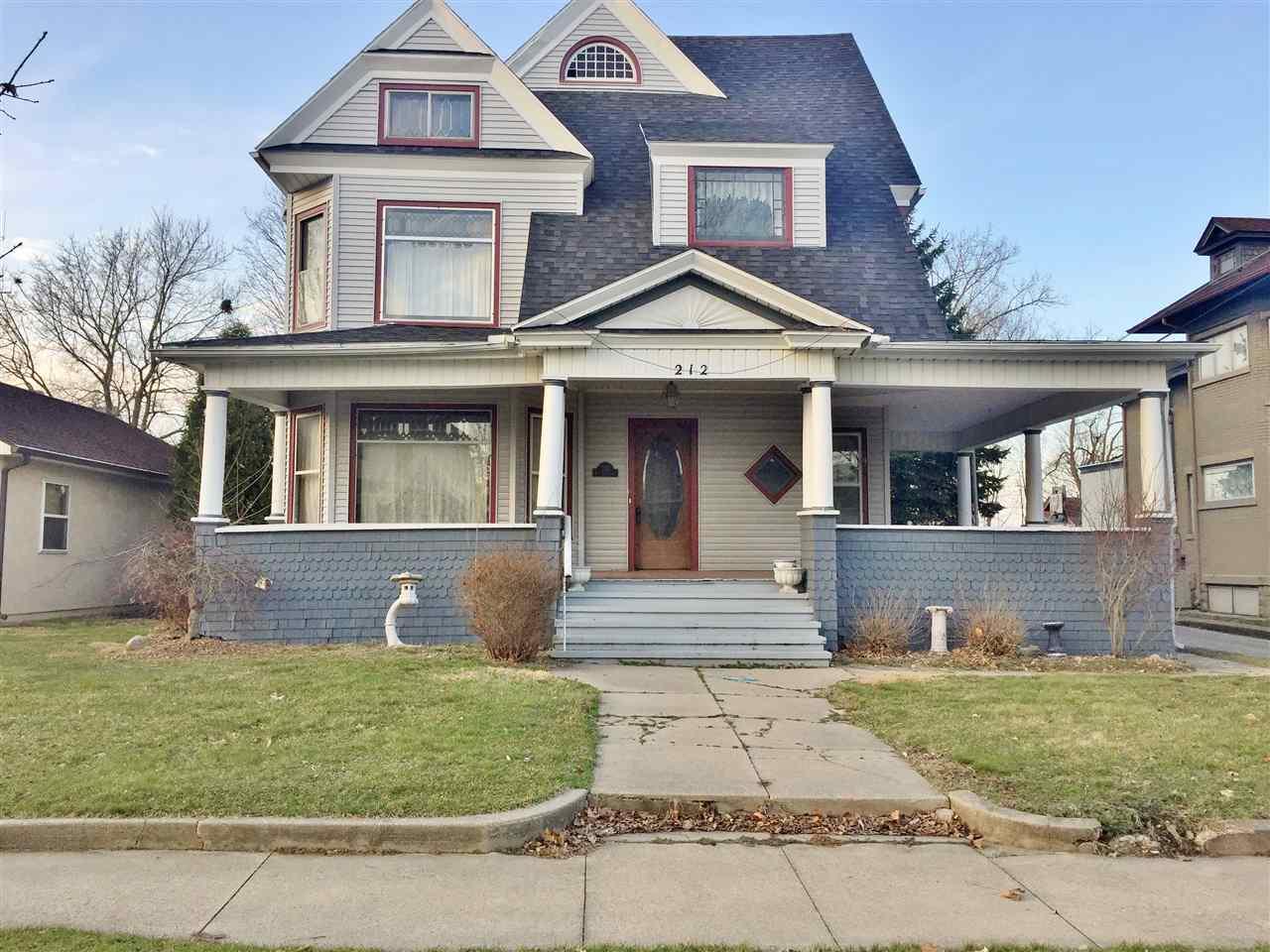 212 W Mitchell street, Kendallville, IN 46755