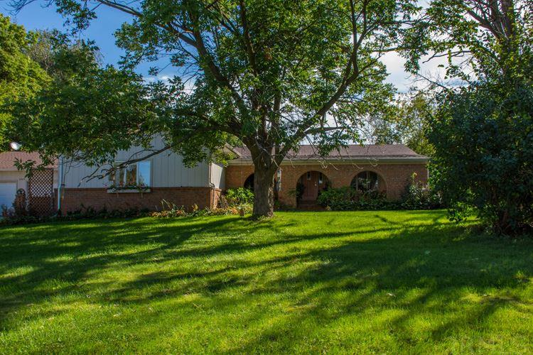 25969 Brick, South Bend, IN 46628