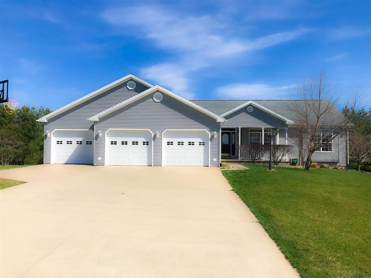 12200 N Camelot Milford, IN 46542