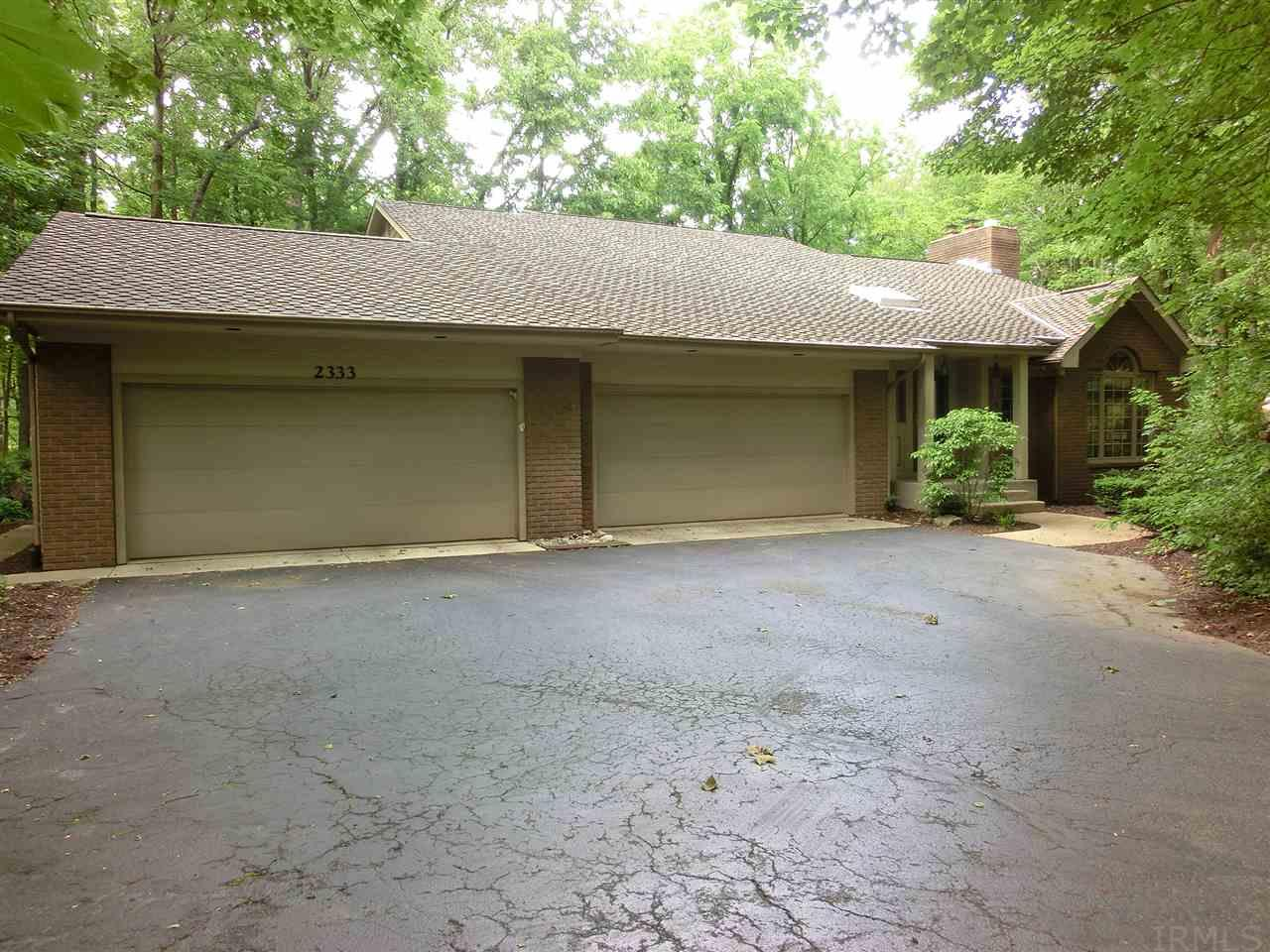 2333 Foxchase Run, Fort Wayne, IN 46825