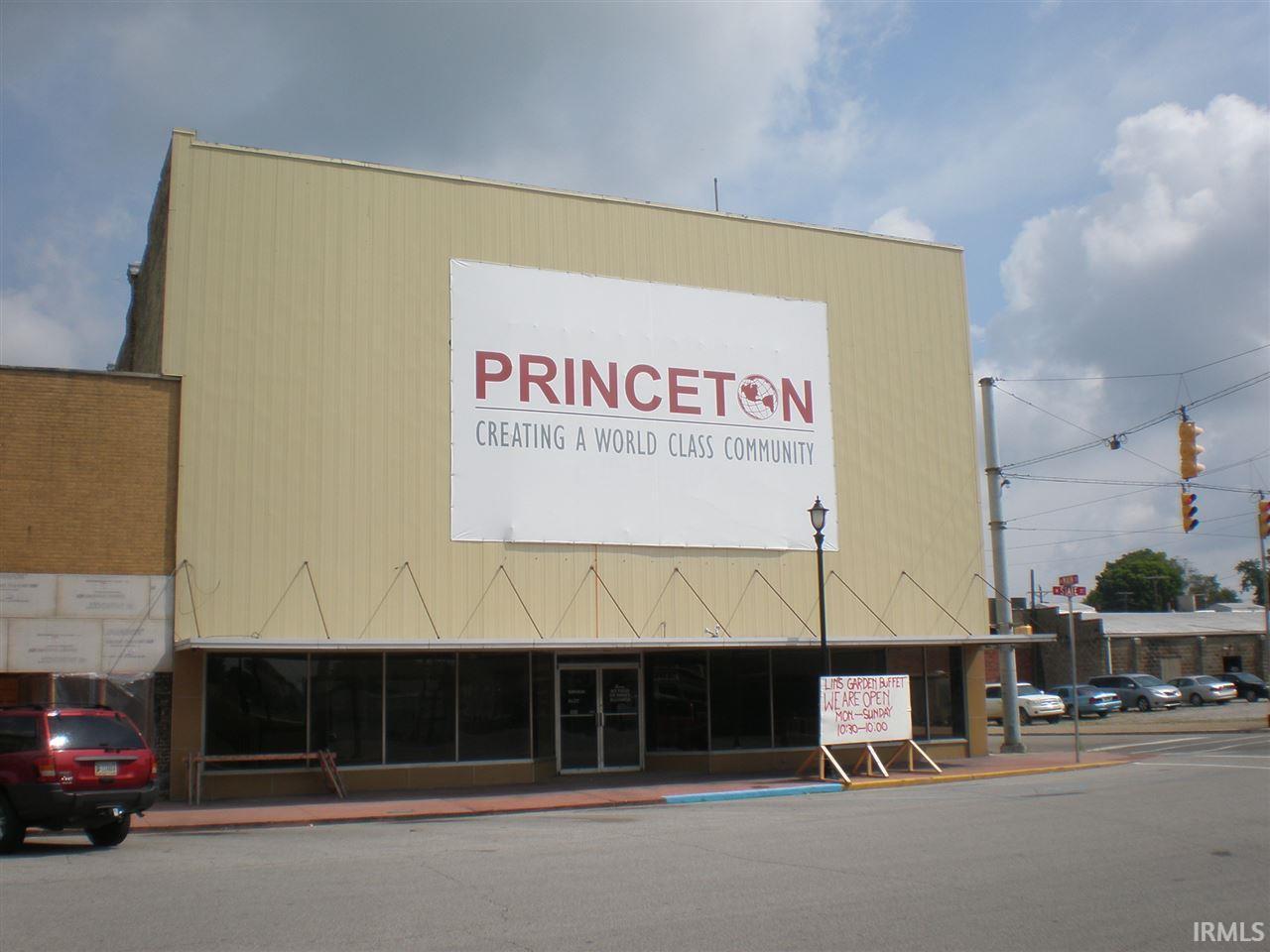 102 W State, Princeton, IN