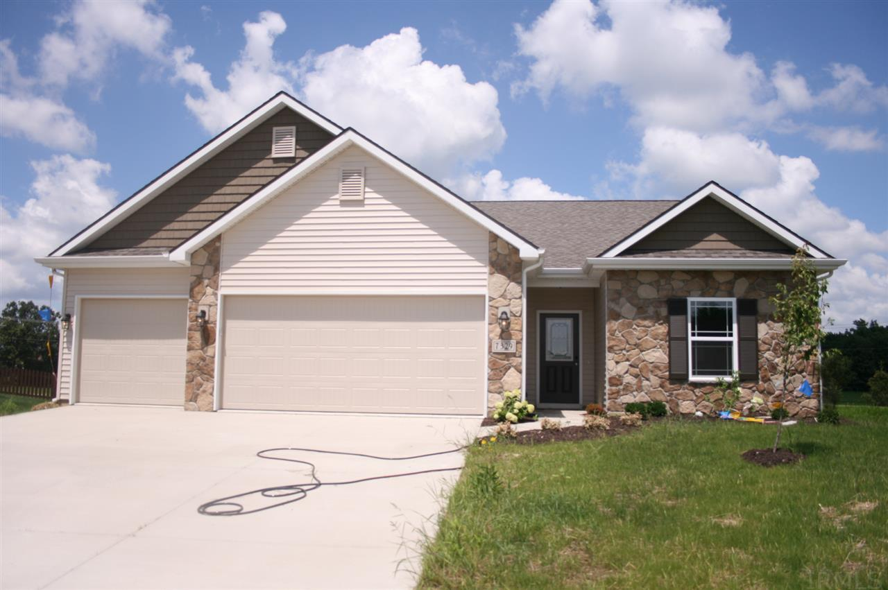 7329 Dry Creek Court, Fort Wayne, IN 46835