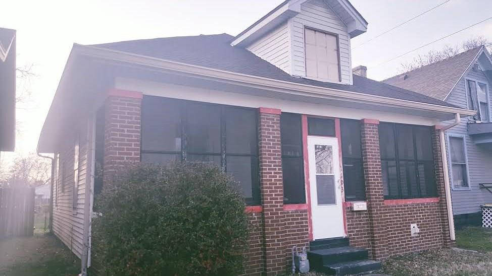1103 Henning, Evansville, IN 47714
