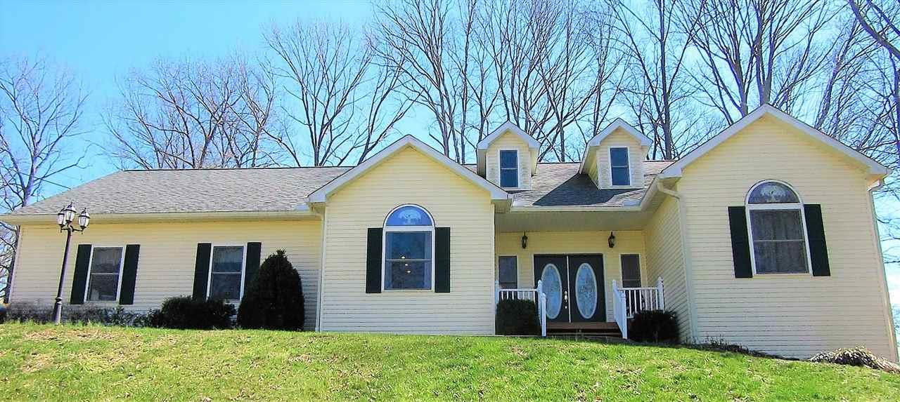 572 BEX ADDITION, Bedford, IN 47421
