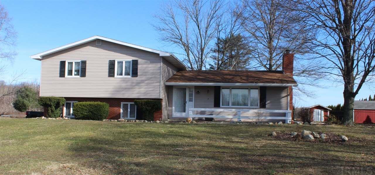 13548 3rd, Plymouth, IN 46563