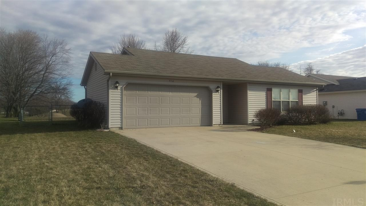 950 W Wheatfield Lane, Churubusco, IN 46723