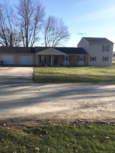 1596 S 600 E, Columbia City, IN 46725