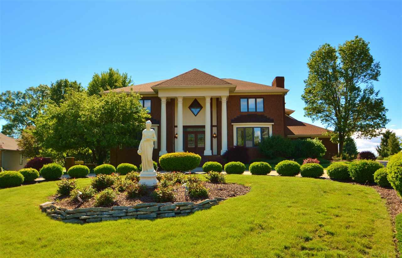 1928 Sycamore Hills, Fort Wayne, IN 46814
