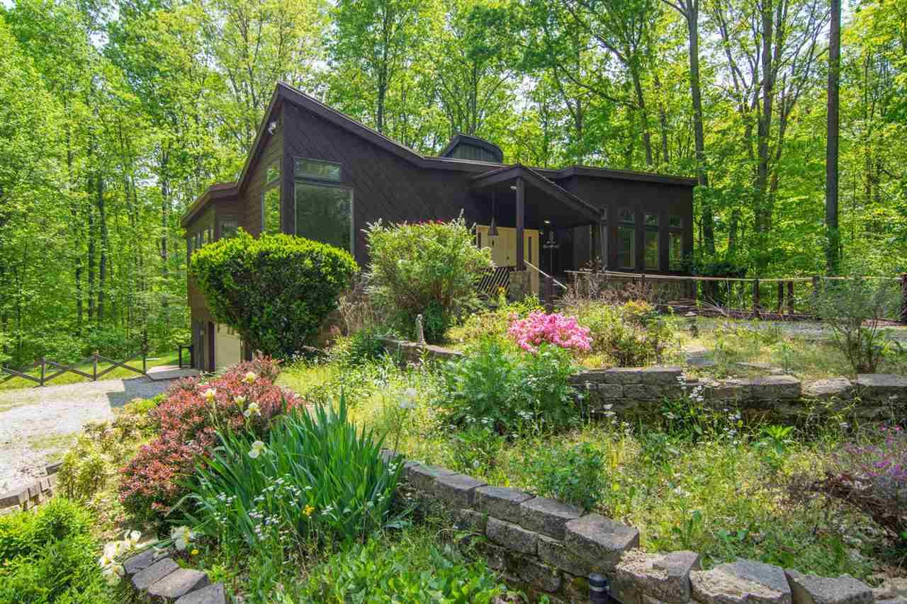 2230 E Mel Currie Rd, Bloomington, IN 47408