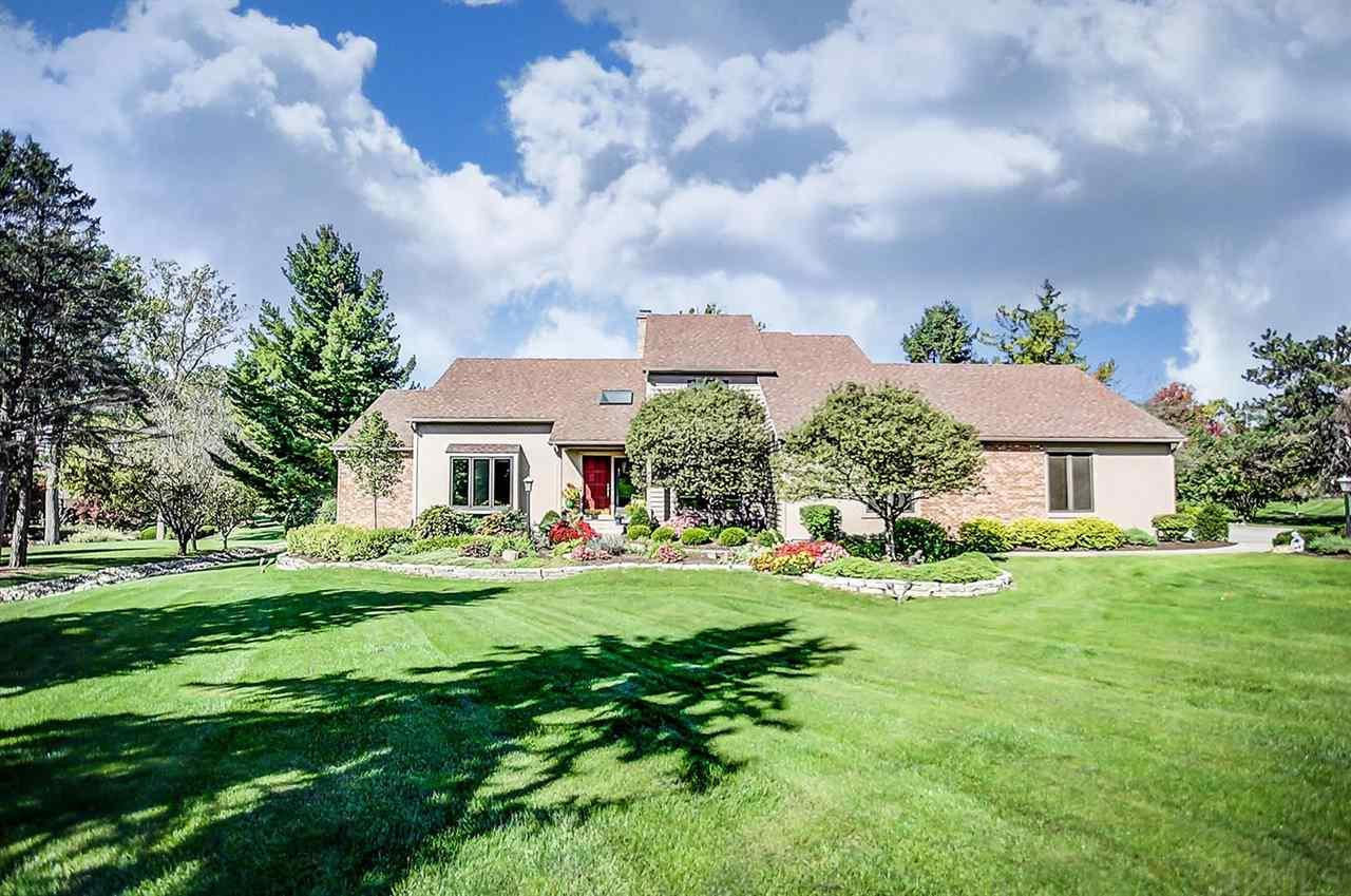 2528 Sycamore Hills, Fort Wayne, IN 46814
