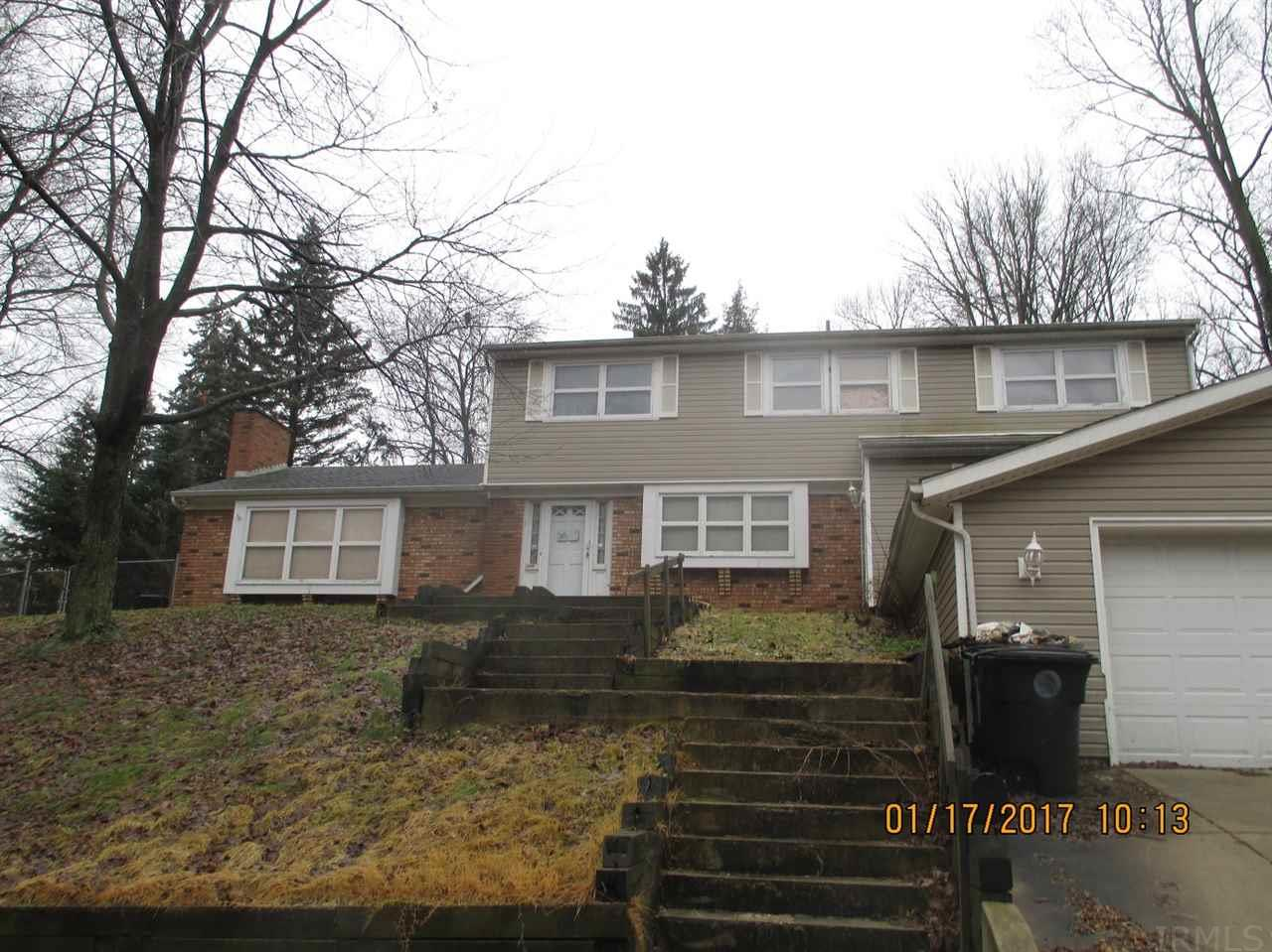 1220  Clayton South Bend, IN 46614