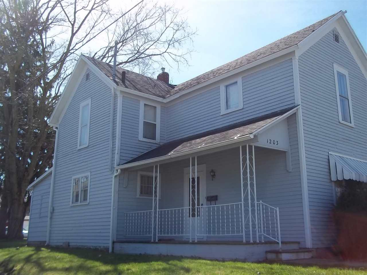 1203 ELM, Huntington, IN 46750