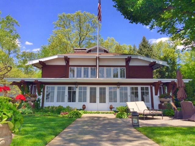 6285 E Pickwick Park, Syracuse, IN 46567