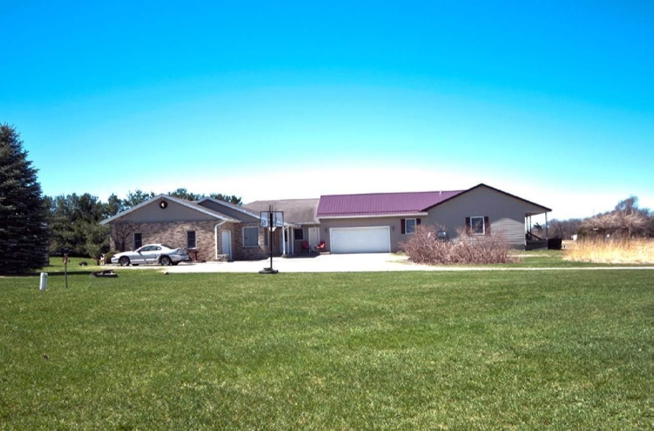 57063 County Road 35, Middlebury, IN 46540