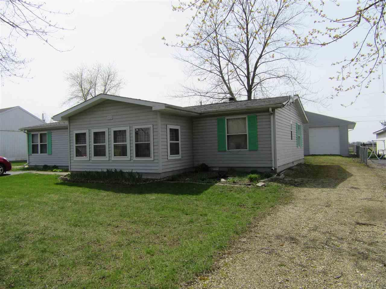 232 S LINCOLN, Bunker Hill, IN 46914