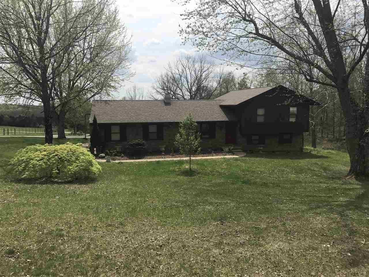 1884 S LEATHERWOOD RD, Bedford, IN 47421