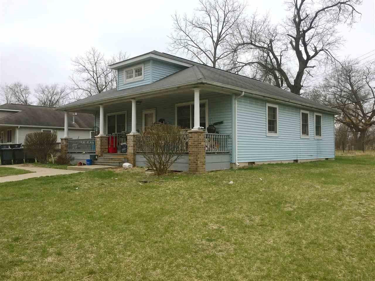 1041 W Lasalle, South Bend, IN 46601