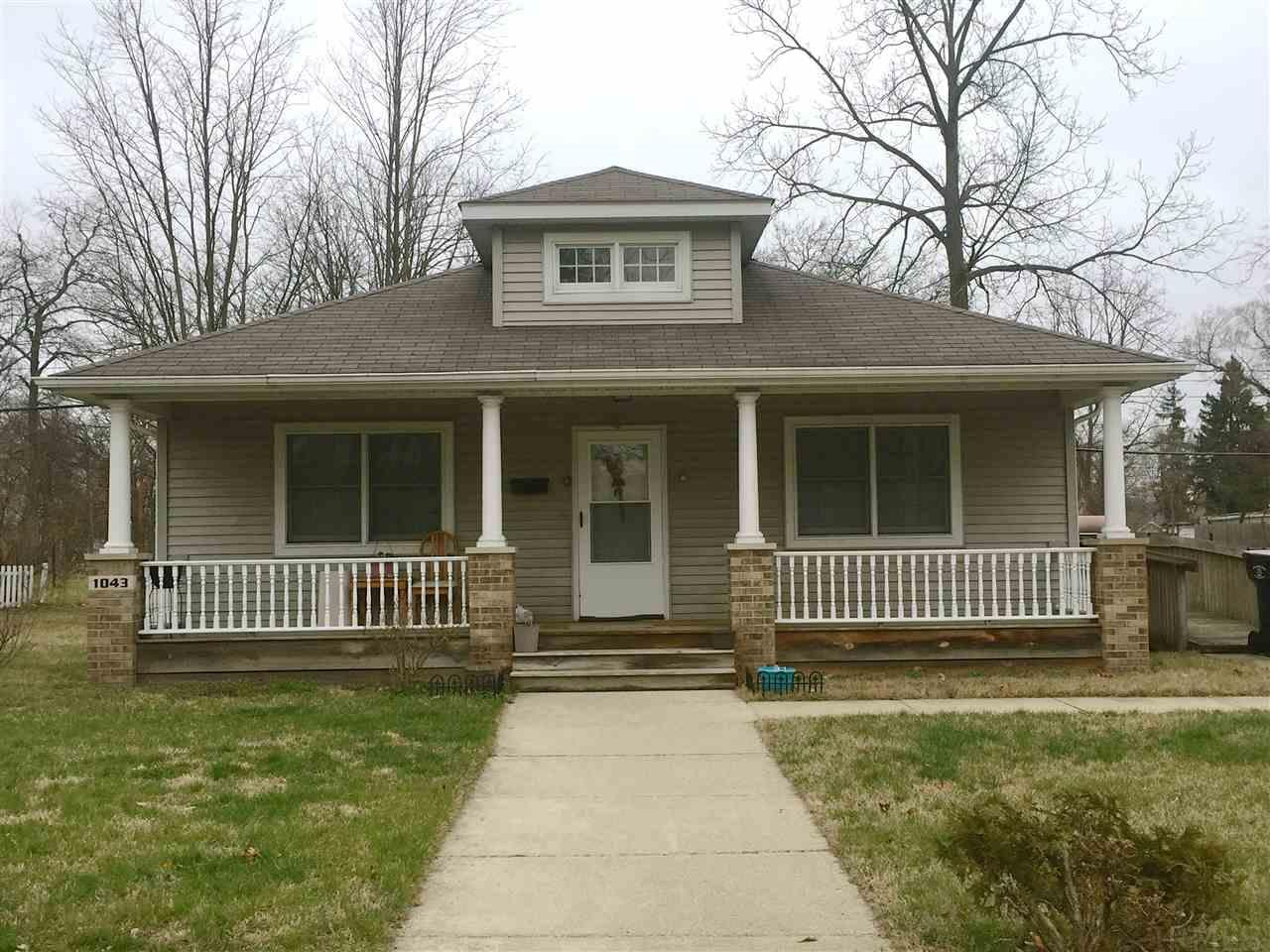 1043 W Lasalle, South Bend, IN 46601