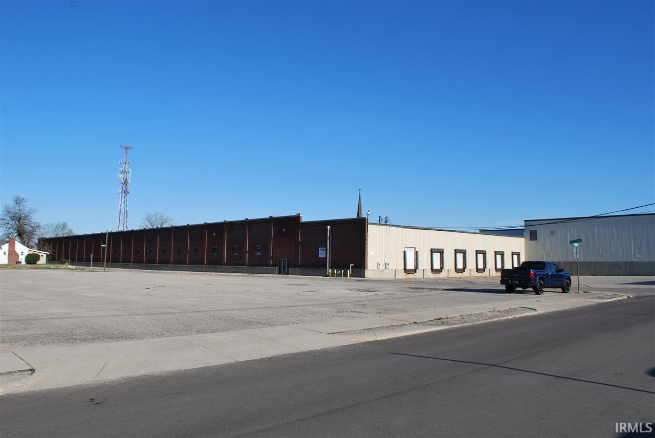 1106 E SEYMOUR Downtown Industrial Center, Muncie, IN