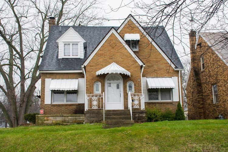 3202 S Michigan, South Bend, IN 46614