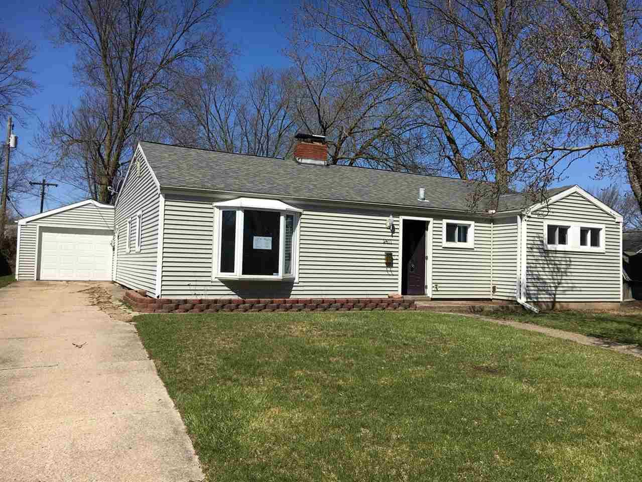 2411  Crest South Bend, IN 46614