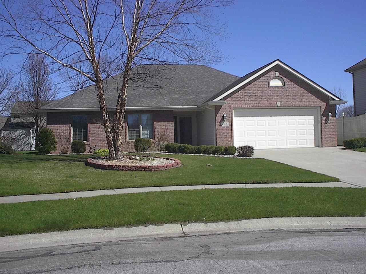 812 Lakeview, Auburn, IN 46706
