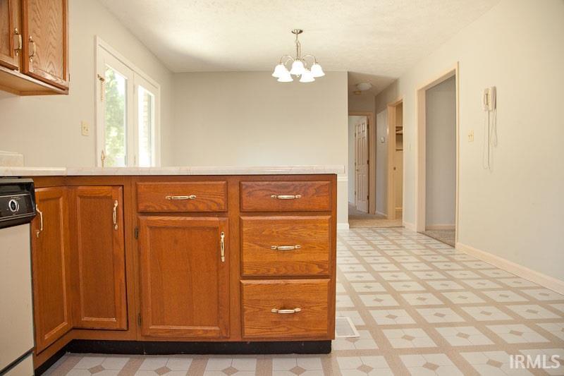525 merrill ct evansville in 47711 sold listing for Bathroom remodel evansville in
