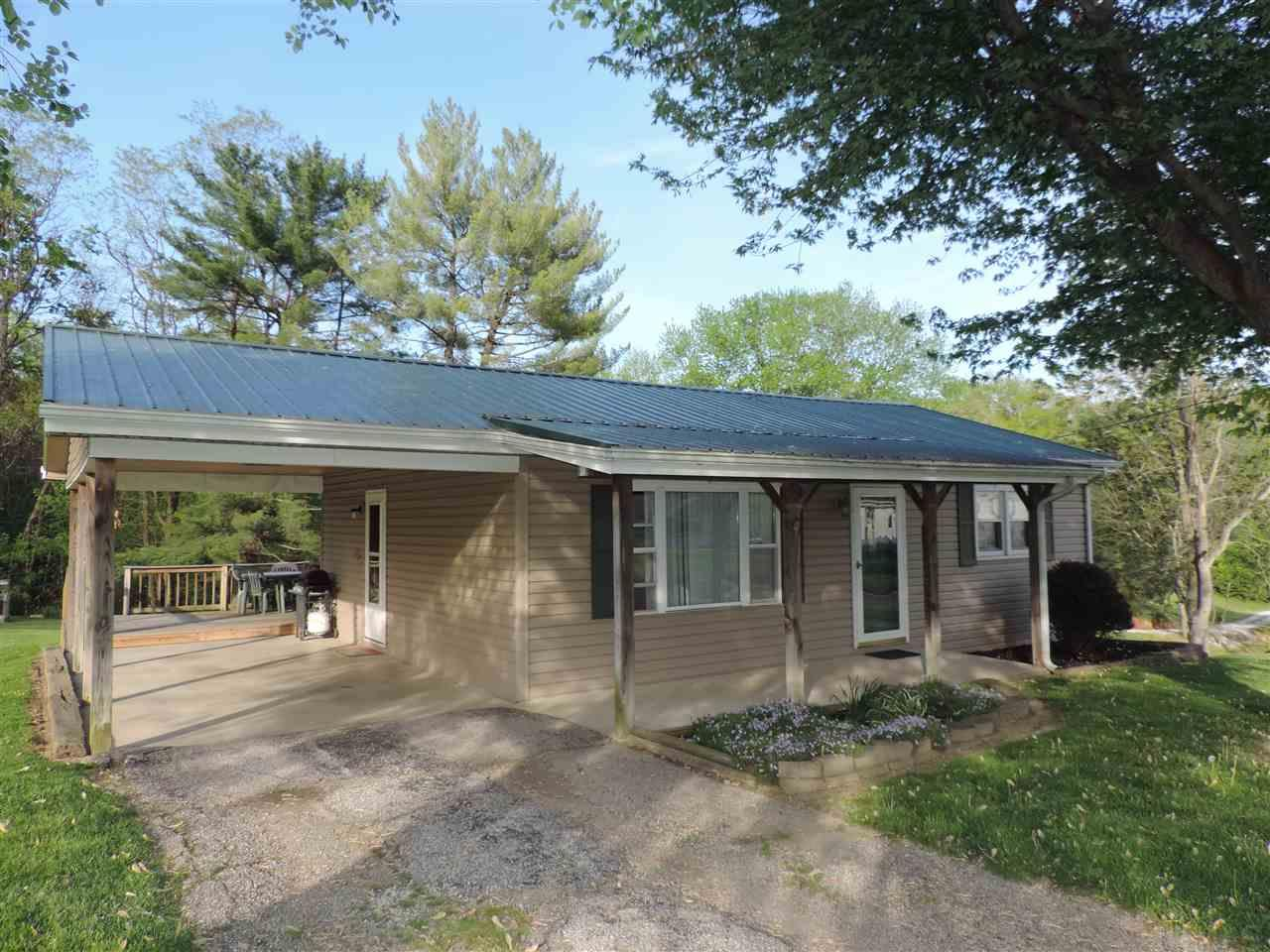 6621 State Road 58 E, Heltonville, IN 47436