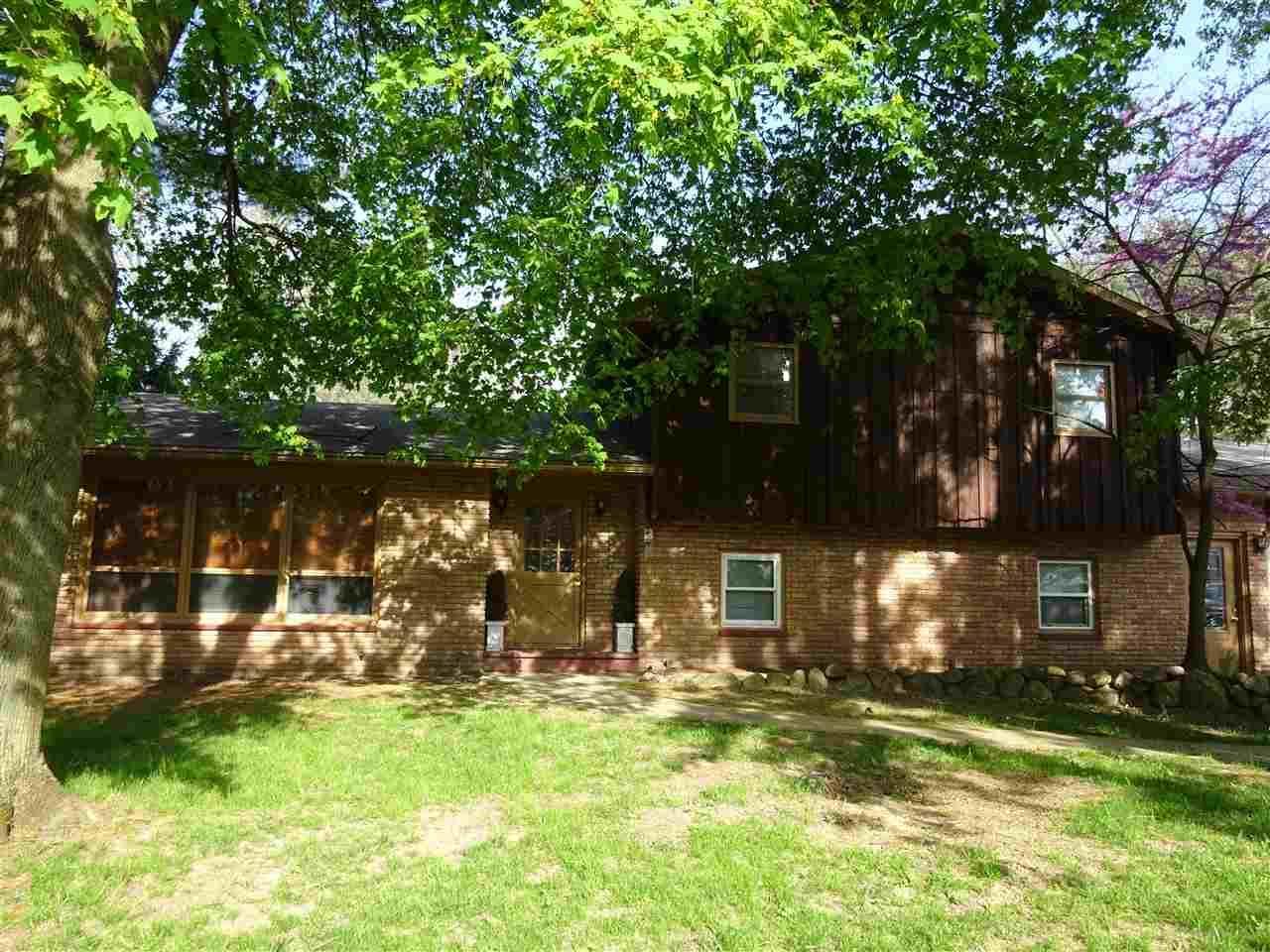 26920  Oak Cove Elkhart, IN 46514