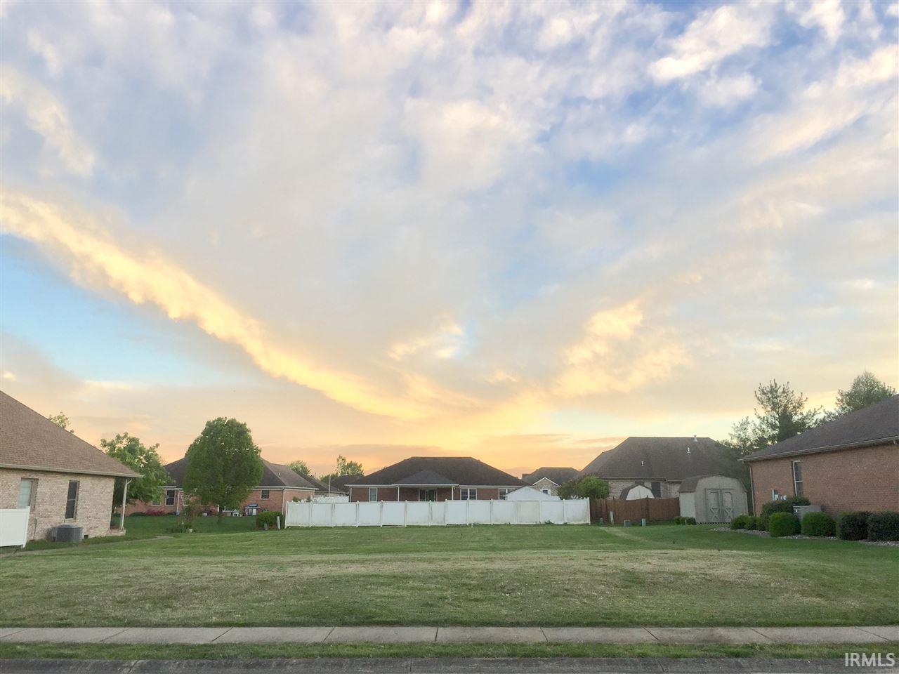 3701 Sandstone Ct, Evansville, IN 47711