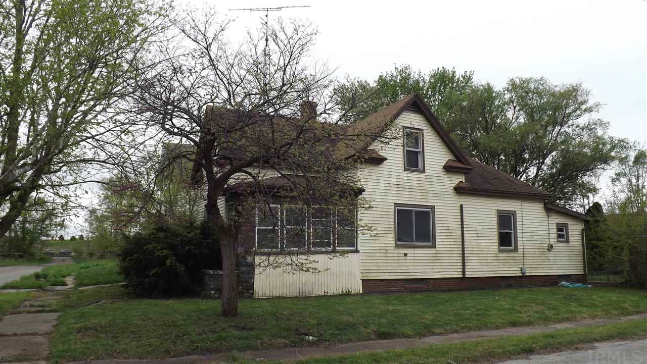 801 Philippa, South Bend, IN 46619