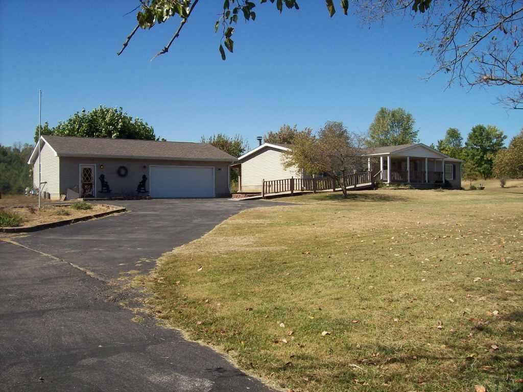 1140 S State Rd 59, Linton, IN 47441