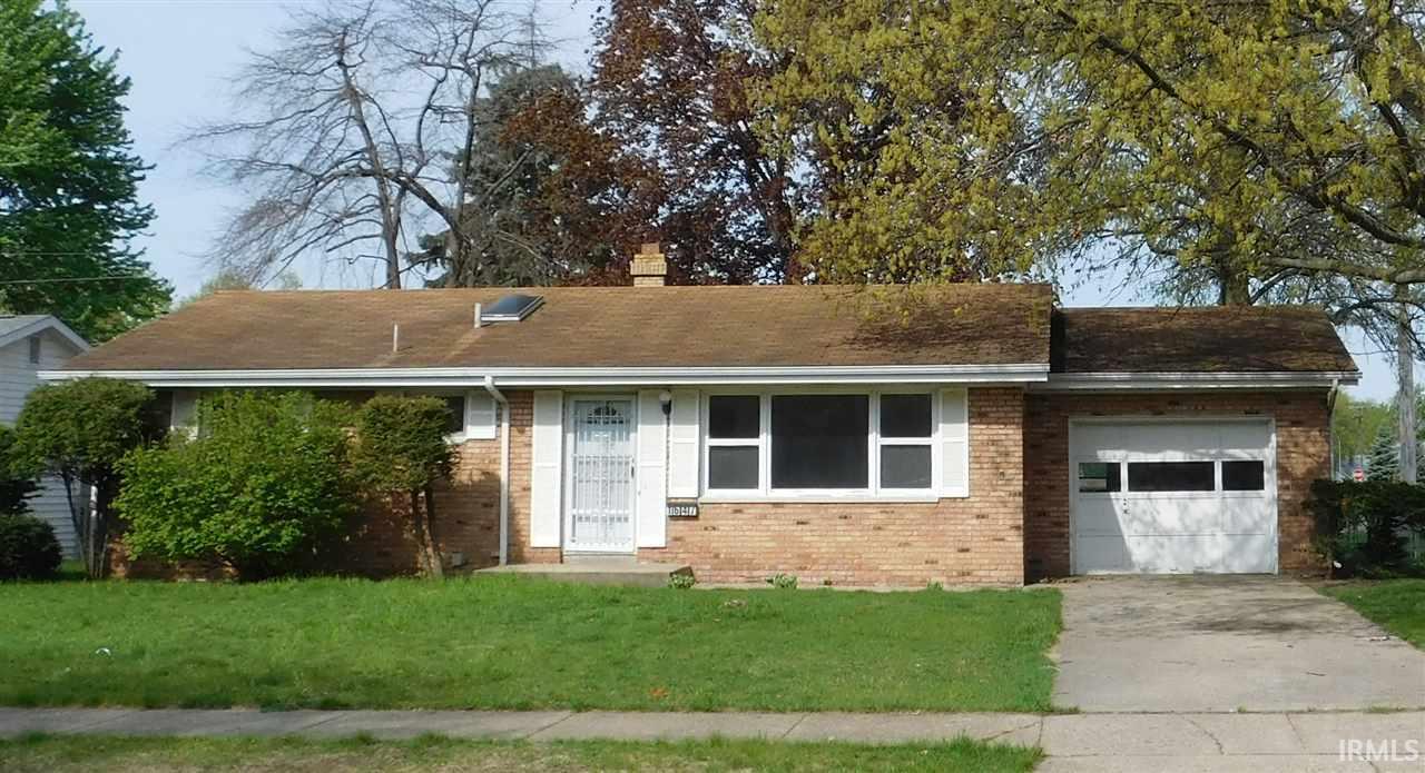 1647 Vernerlee, South Bend, IN 46635