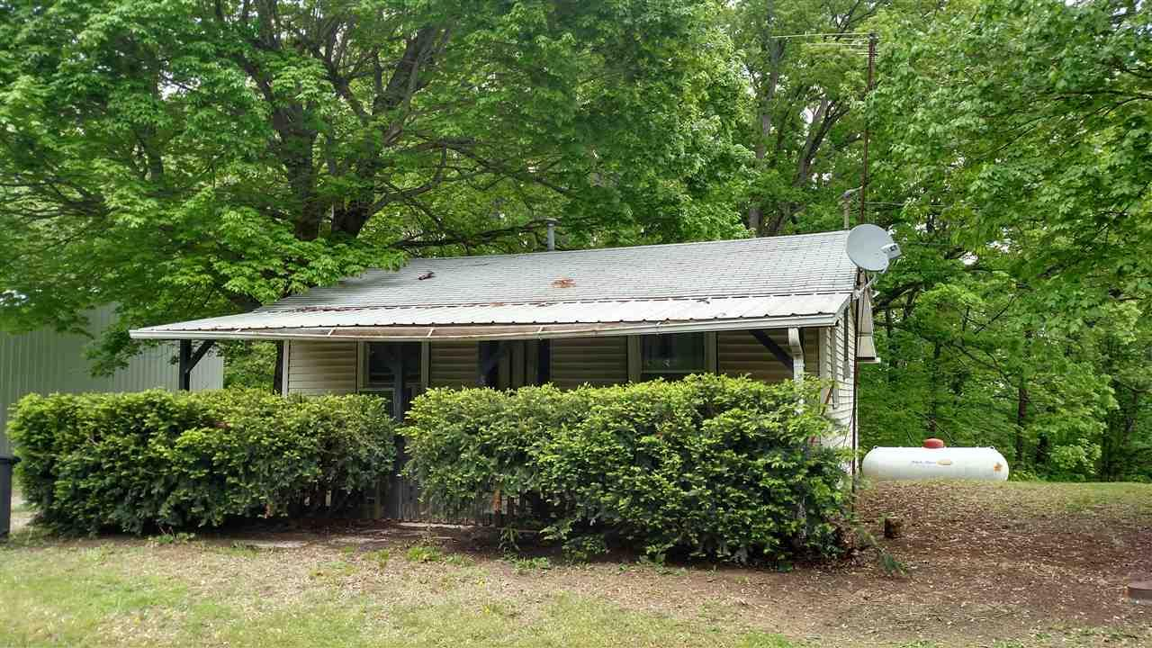 13242 St Rd 450, Shoals, IN 47581