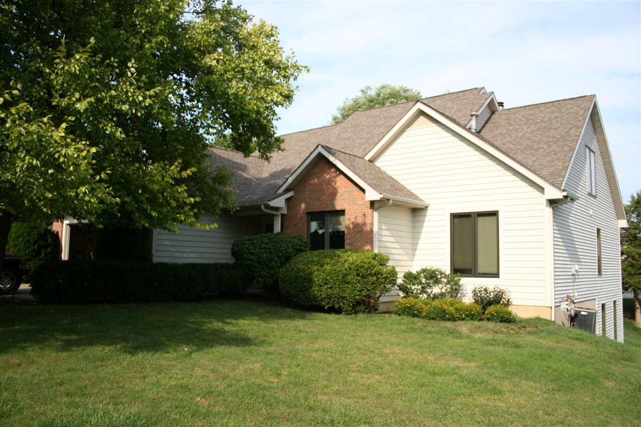 627 CURRIE HILL, Fort Wayne, IN 46804