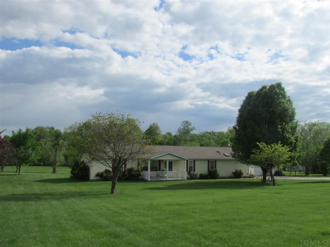 489 Woodville, Mitchell, IN 47446