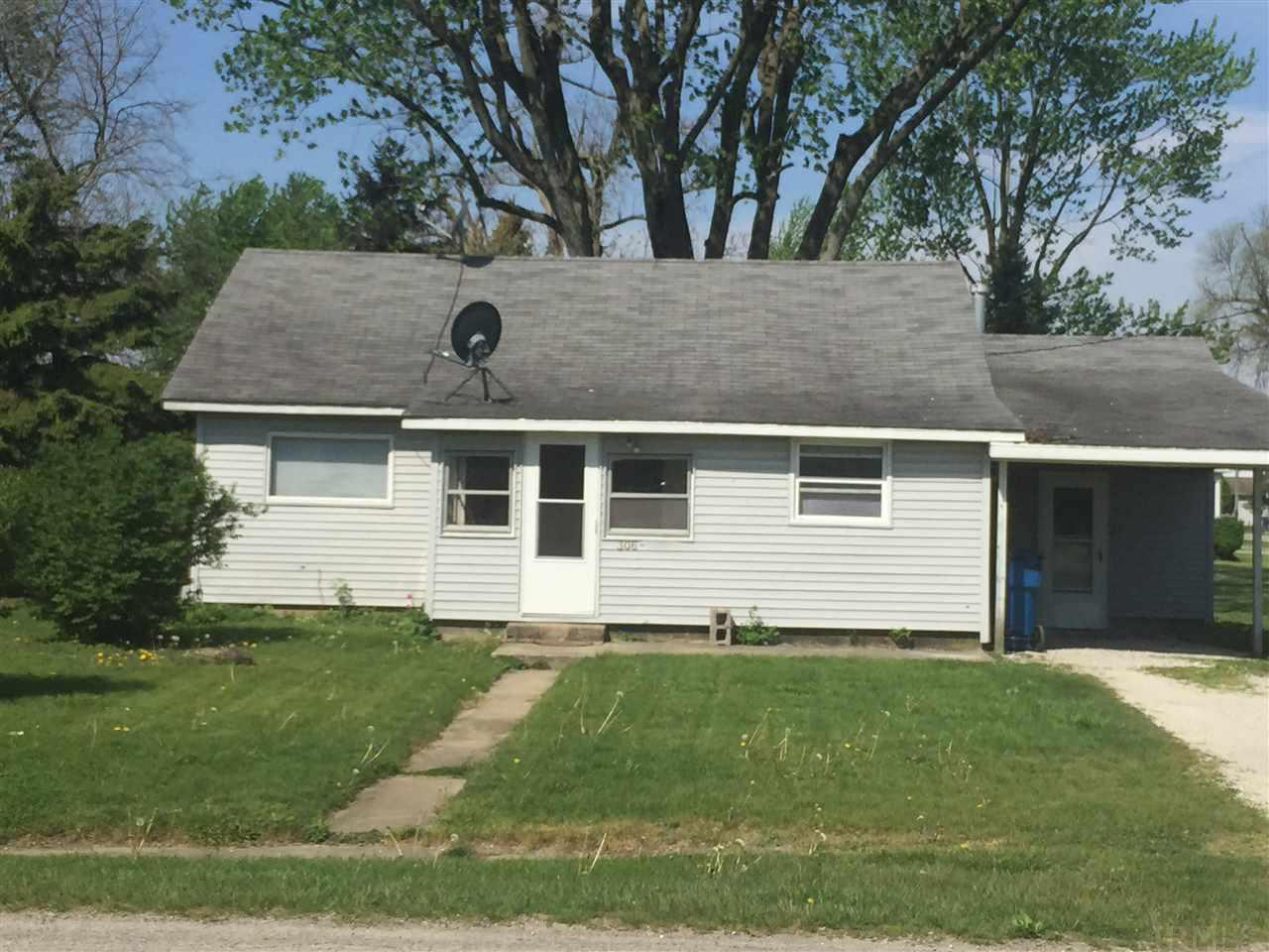 306 S Iroquois, Goodland, IN 47948