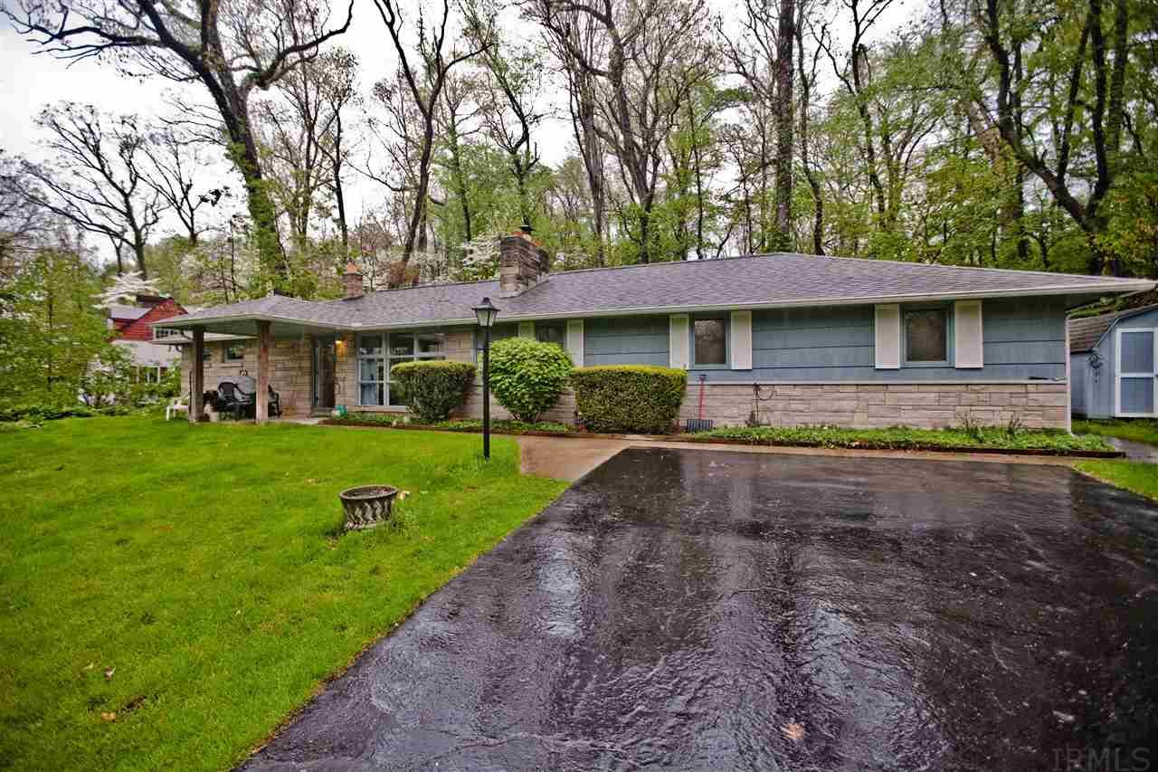 17881 Edgewood, South Bend, IN 46635