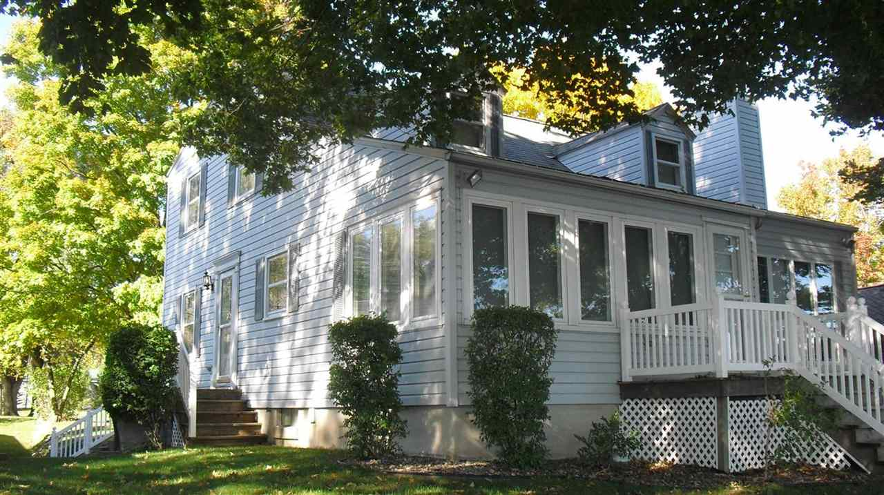 575 E Lake View, Syracuse, IN 46567